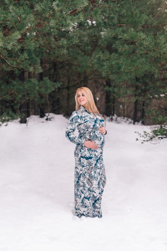 Fotosesija Ziemā Sniegā Grūtnieču Skaista kleita Oriģināla Ideja Dāvana